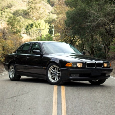 BMW 740i - Electrical Troubleshooting Manual / Wiring Diagrams