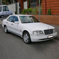 Mercedes C-Class (W202) - Service Information & Owner's Manual