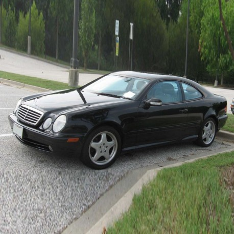 Mercedes CLK-Class (C208) - Service Information & Owner's Manual