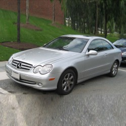Mercedes CLK-Class (C209) - Service Information & Owner's Manual